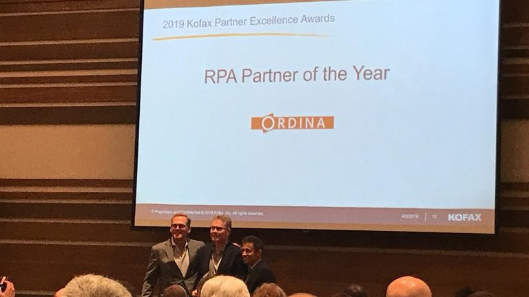 Prijsuitreiking Kofax Partner Excellence Award 2019
